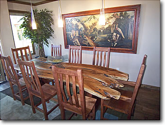 Tucson River Walk Luxury Town Homes Dining Area